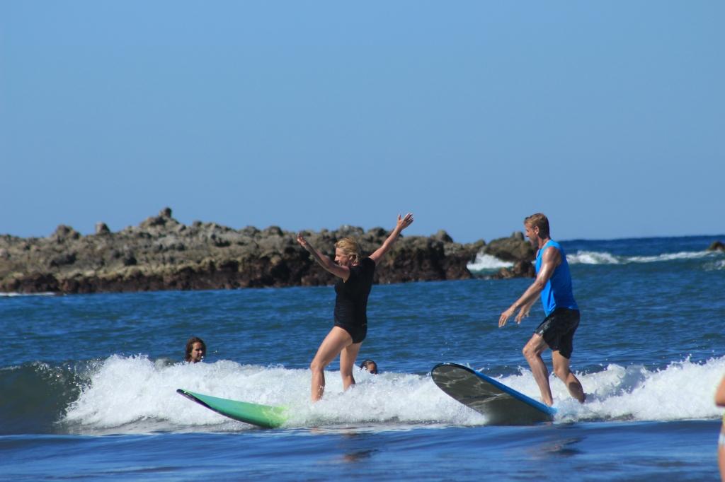 sayulita surfing rach and gaz