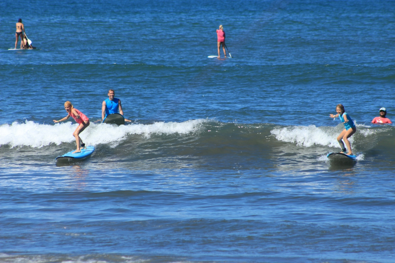 Girls Surfing Sayulita