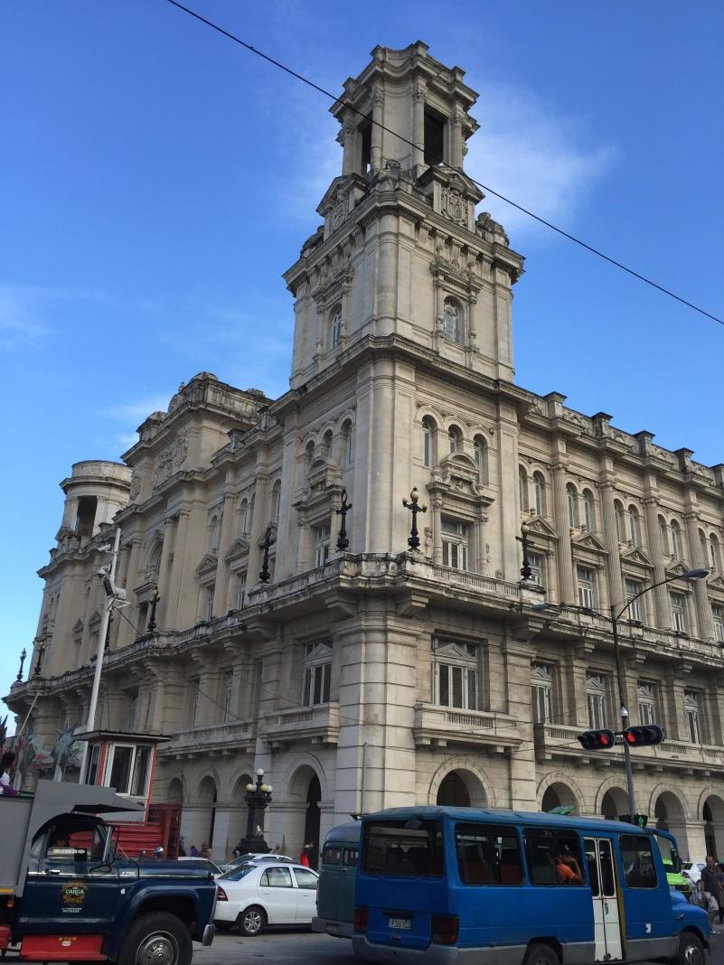 The decadence of La Habana